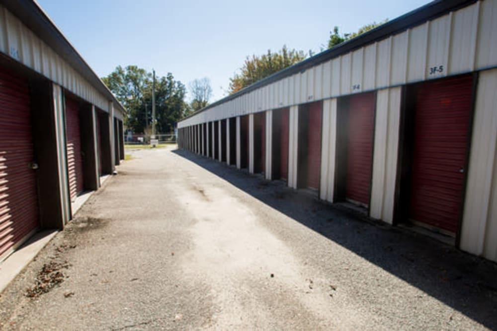 A variety of storage units available at StayLock Storage in Hartsville, South Carolina