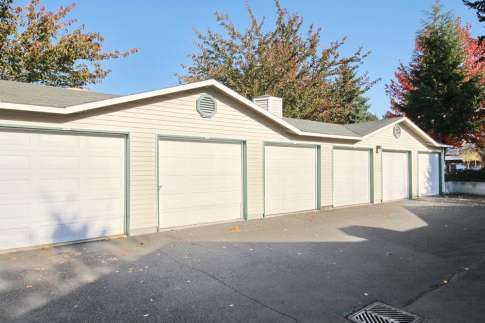 Apartments with Garages in Vancouver, Washington