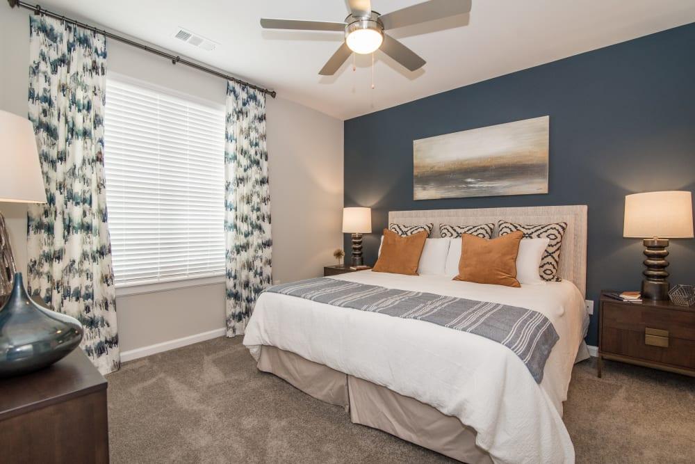 Alternative bedroom at Lodge at Croasdaile Farm in Durham, North Carolina