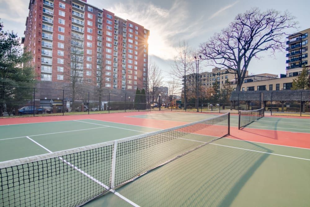 Outdoor tennis courts at Sofi at 50 Forest in Stamford, Connecticut