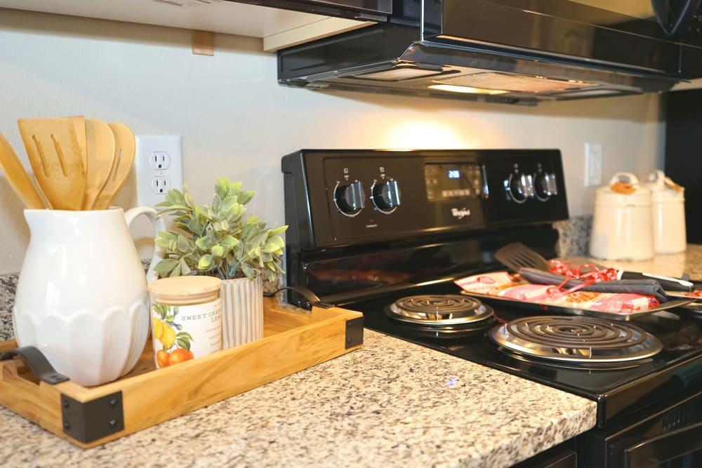 Full kitchen at Monmouth, Oregon near Southtown Apartments