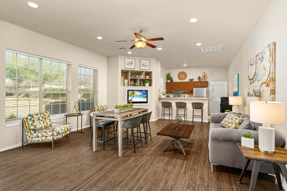 Enjoy Apartments with a Clubhouse at Stoneybrook Apartments & Townhomes in San Antonio, Texas