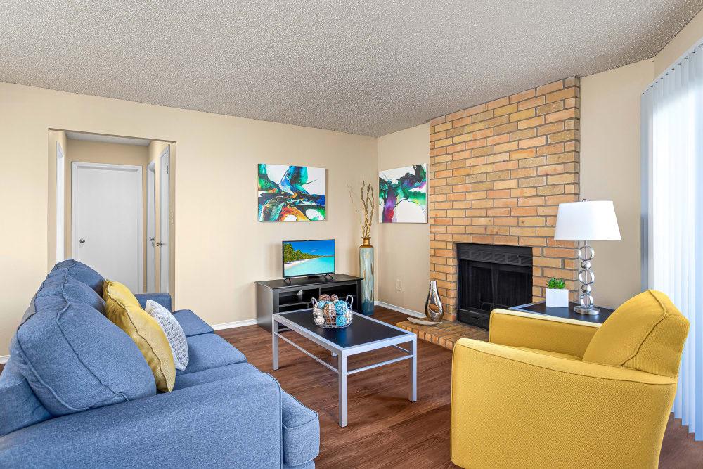Beautiful Living Room at Stoneybrook Apartments & Townhomes in San Antonio, Texas