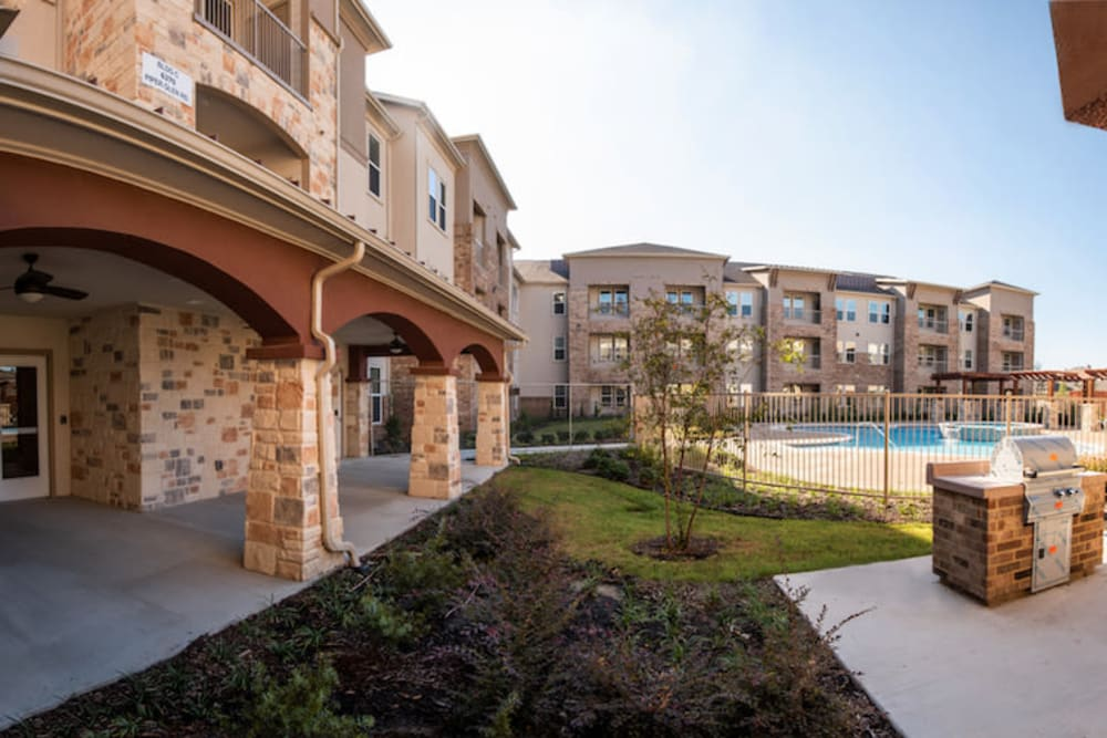 BBQ patio area at Artistry at Craig Ranch in McKinney, Texas
