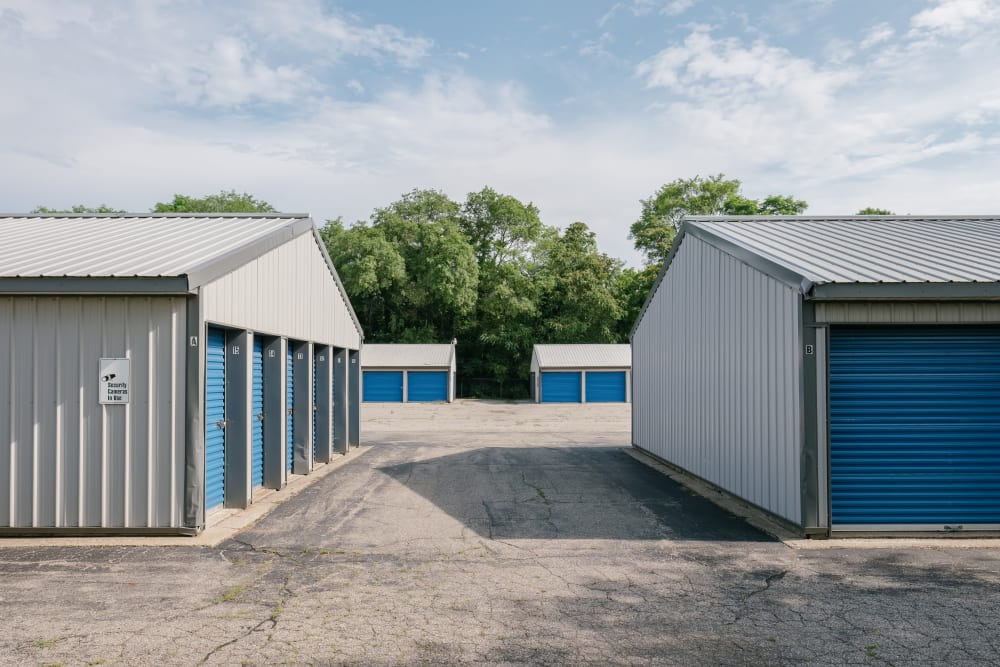 Easy access self storage units at StayLock Storage in Battle Creek, Michigan