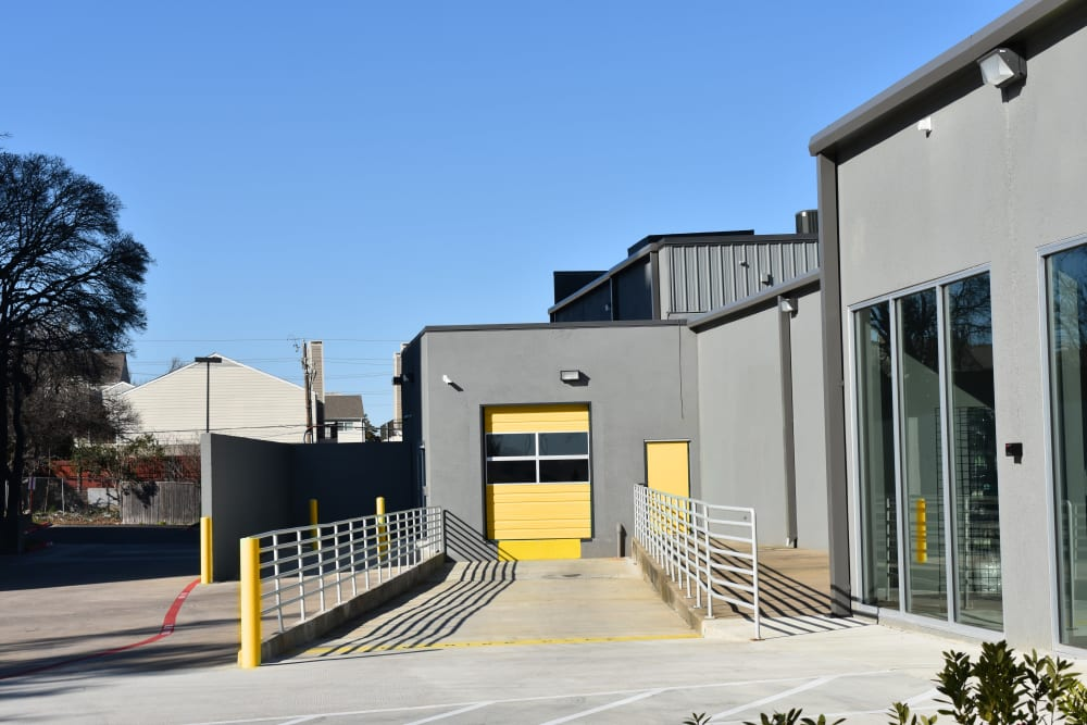 The drive-up loading dock at Storage 365 in Dallas, Texas