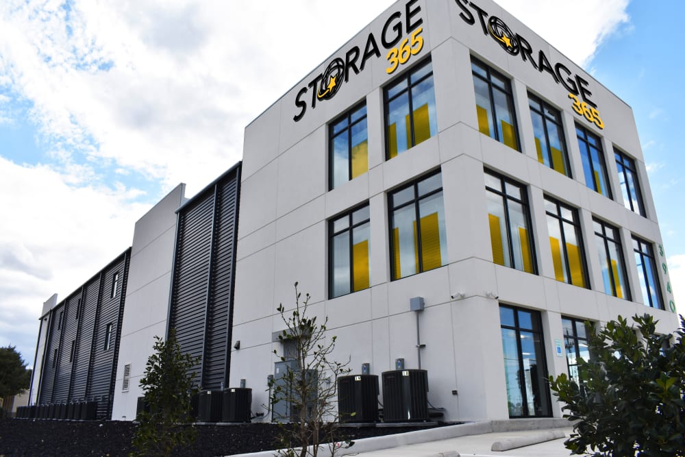 A view of the exterior and leasing office at Storage 365 in Plano, Texas