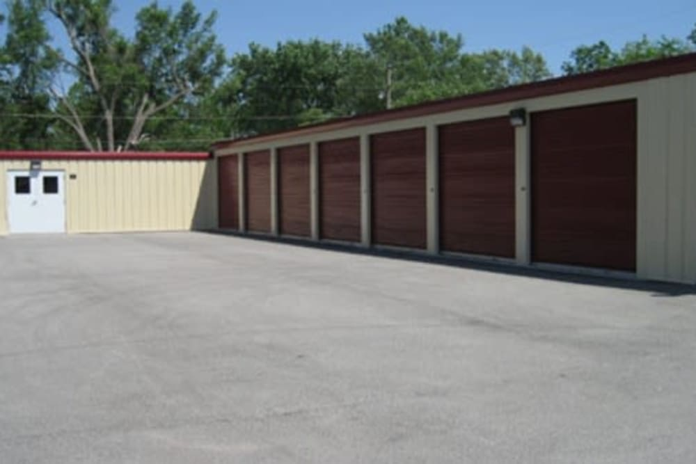 Easy access self storage units at StayLock Storage in Fort Wayne, Indiana