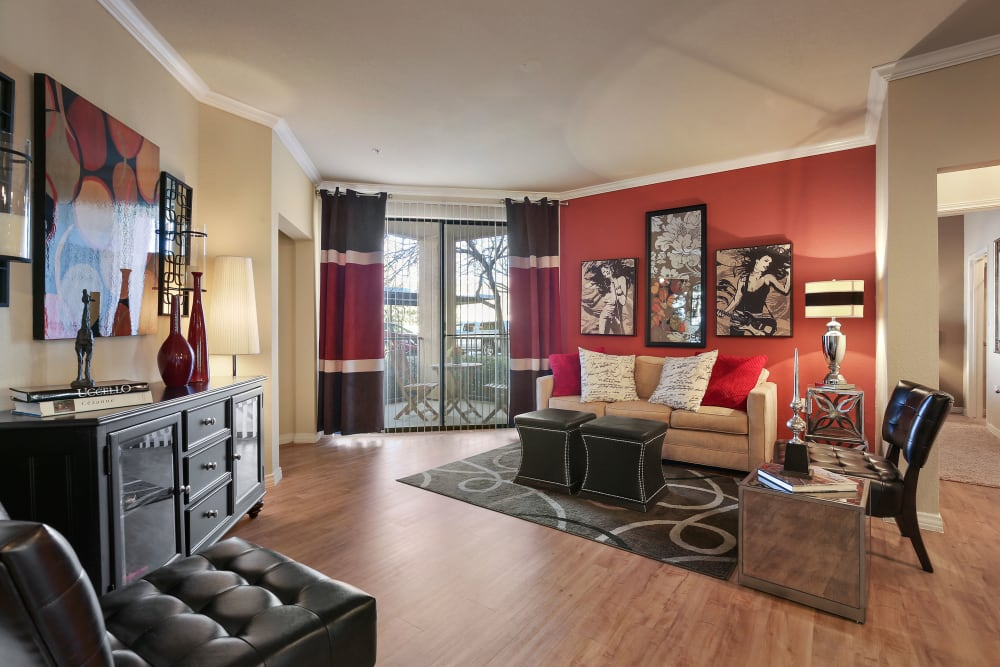 Open floor plans available at The Lyndon in Irving, Texas