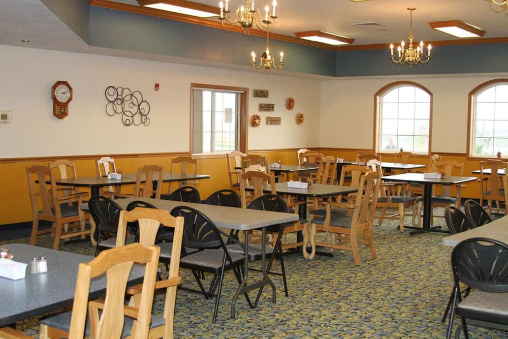 Resident dining room at Holstein Senior Living in Holstein, Iowa