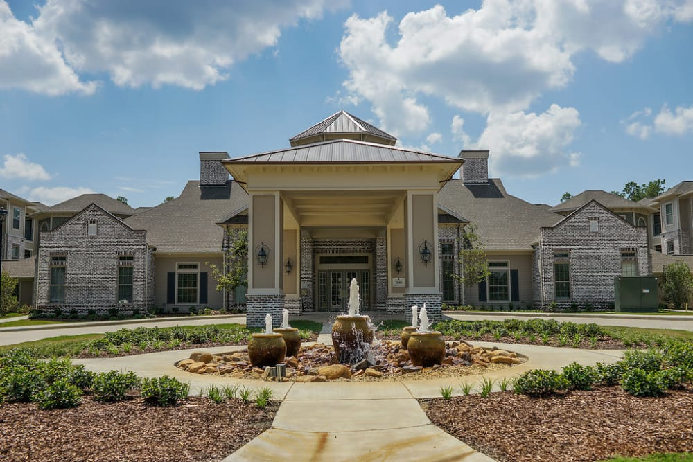 Front entrance at The Claiborne at Hattiesburg Independent Living in Hattiesburg, Mississippi