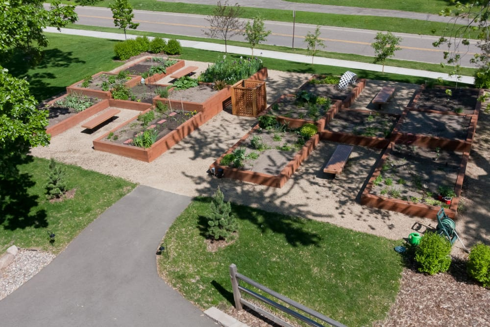 Resident garden at Applewood Pointe of Bloomington at Southtown in Bloomington, Minnesota.