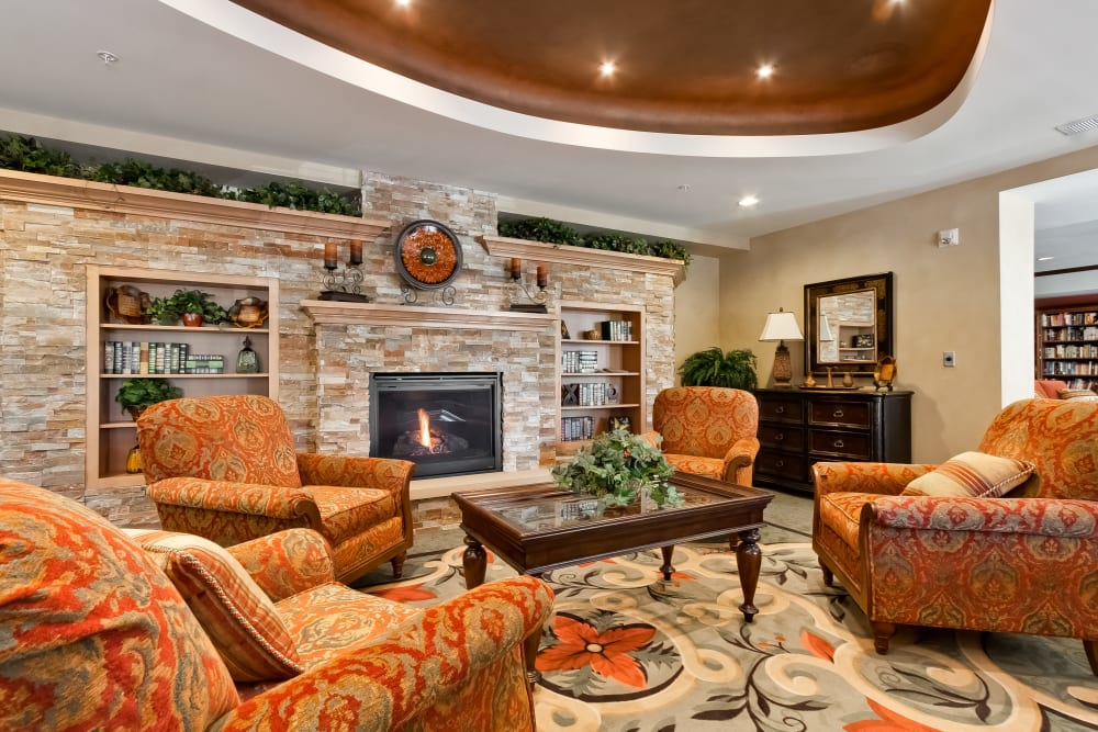 Resident lounge at Applewood Pointe Bloomington at Southtown in Bloomington, Minnesota.