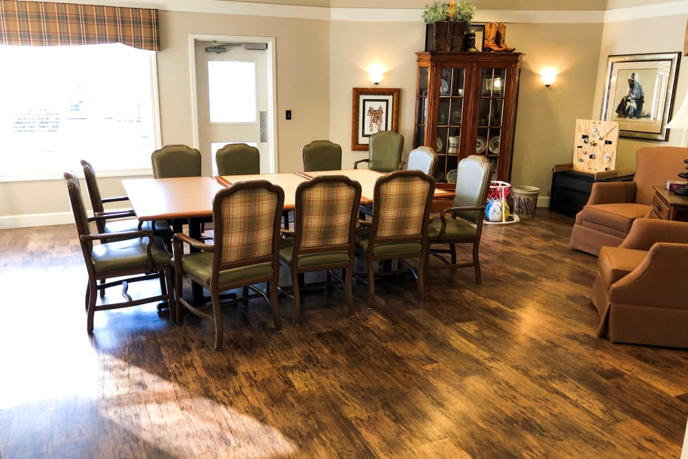Dining room at Aspen Ridge Alzheimer's Special Care Center