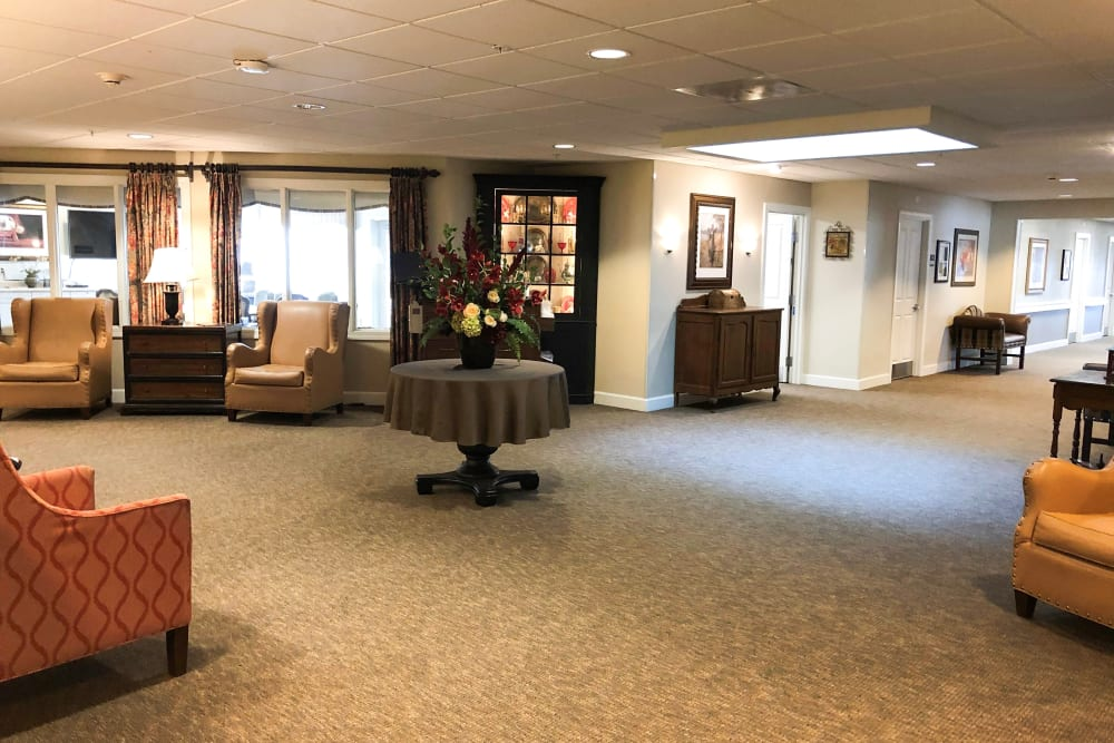 Common area at Aspen Ridge Alzheimer's Special Care Center