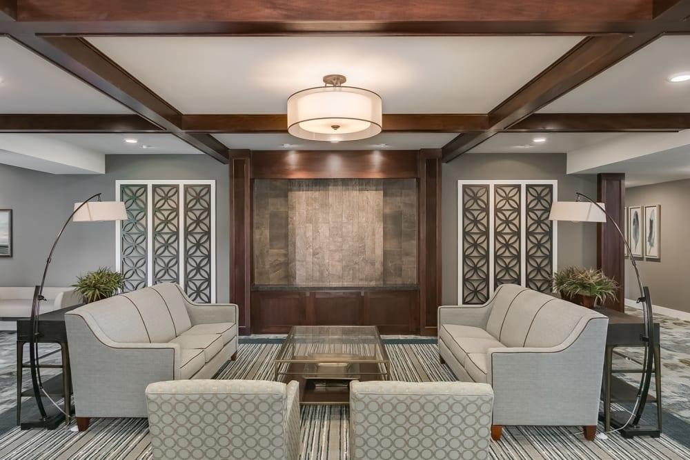 Resident lounge at Applewood Pointe Eagan in Eagan, Minnesota.
