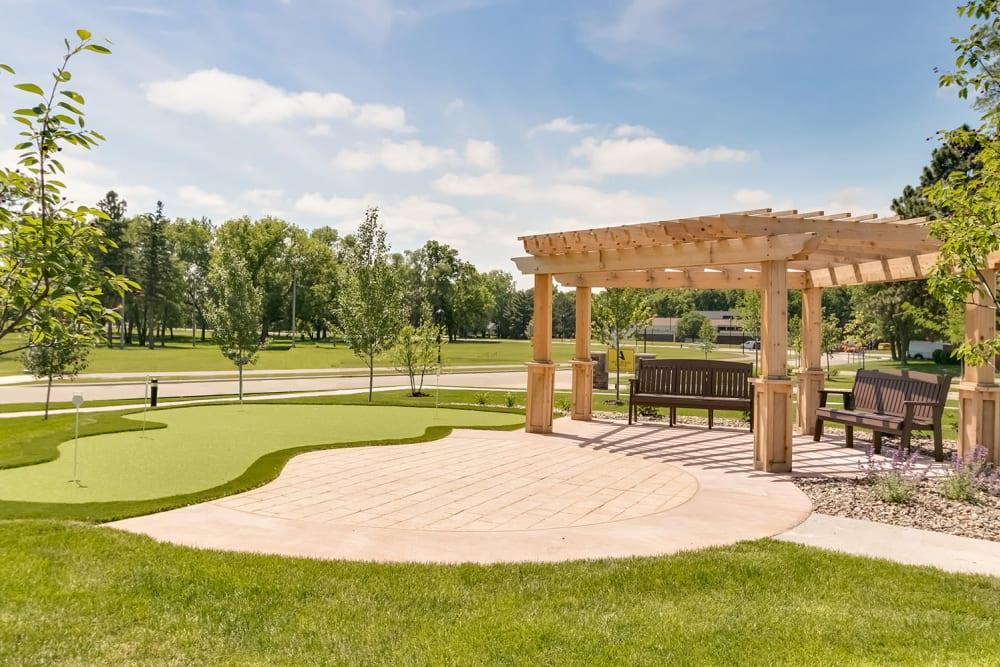 Manicured lawns at Applewood Pointe Lake Elmo/Woodbury in Lake Elmo, Minnesota.