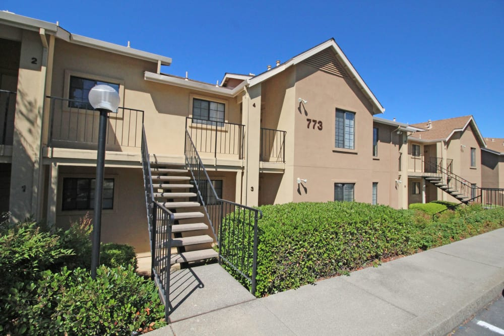 Apartment building at Foothill Terrace in Auburn, California
