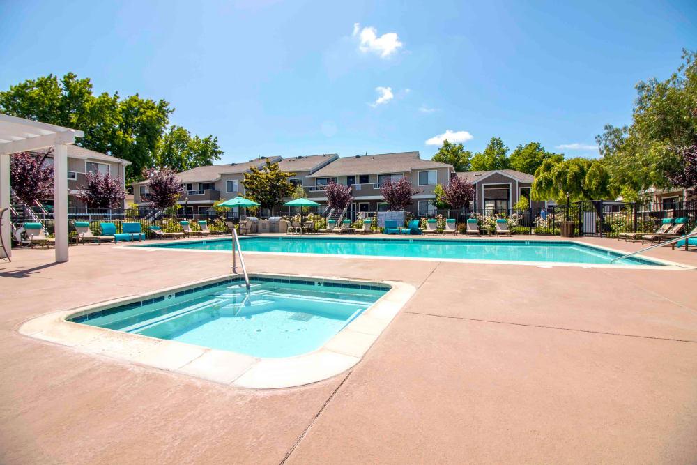 Swimming pool at Sofi Berryessa in San Jose, CA