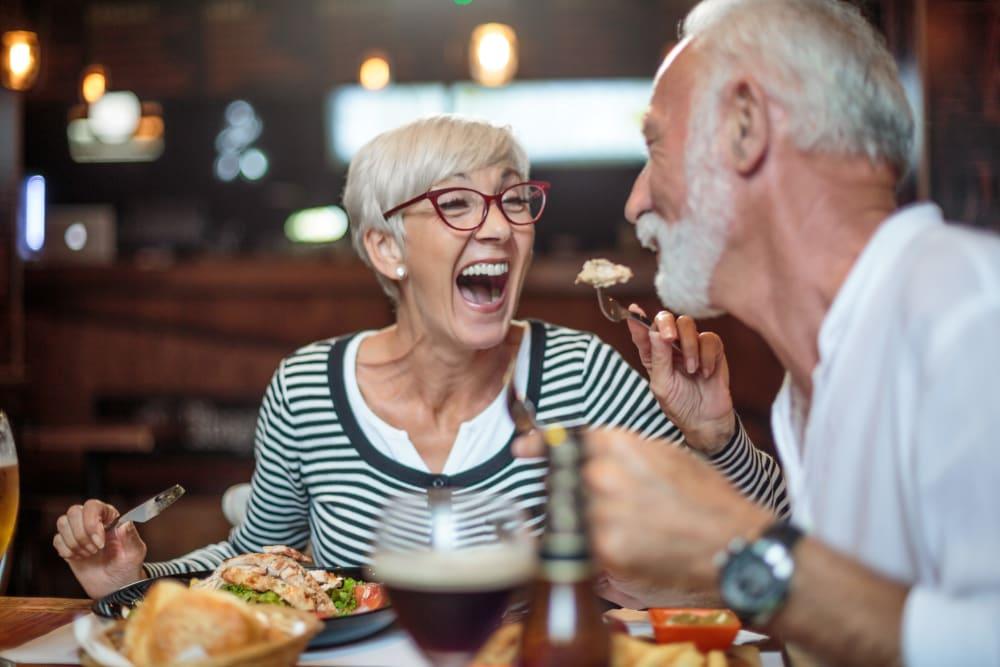 Residents enjoy dining at The Preserve of Roseville in Roseville, Minnesota