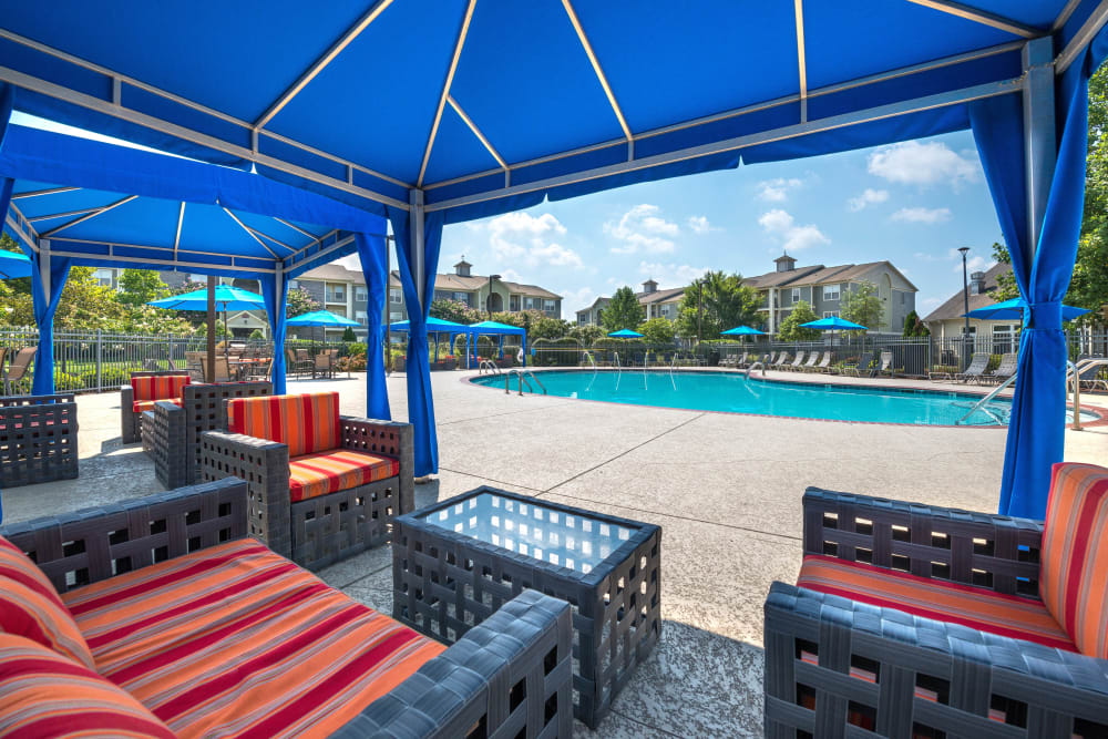 Poolside seating at Olympus Hillwood in Murfreesboro, Tennessee