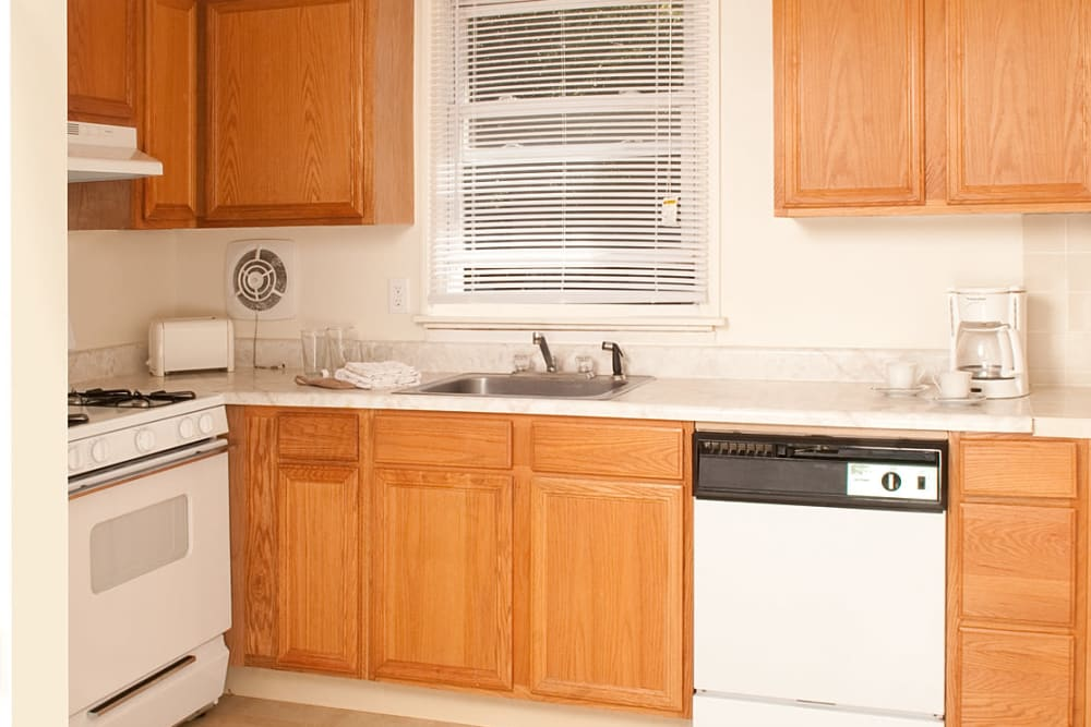 Well equipped kitchen at Alpine Court Apartments in Stratford, New Jersey