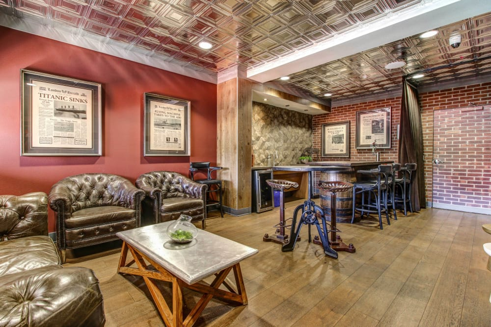 Rustic decor in the clubhouse lounge at Olympus Steelyard in Chandler, Arizona