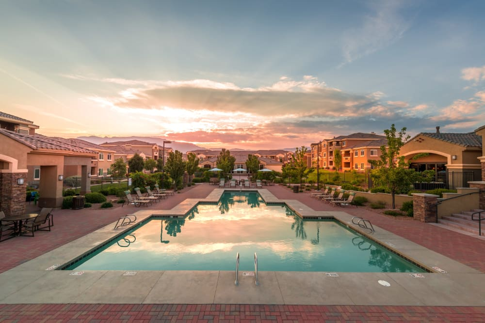 Resort style pool at Olympus Encantada in Albuquerque, New Mexico