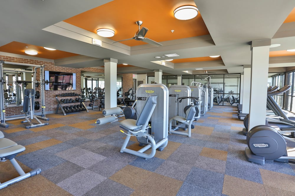 Very well-equipped fitness center at Olympus Steelyard in Chandler, Arizona
