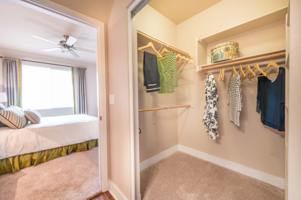Walk in closet at Olympus Encantada in Albuquerque, New Mexico