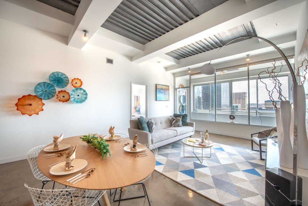 Contemporary living room of Mosaic Dallas in Dallas, Texas