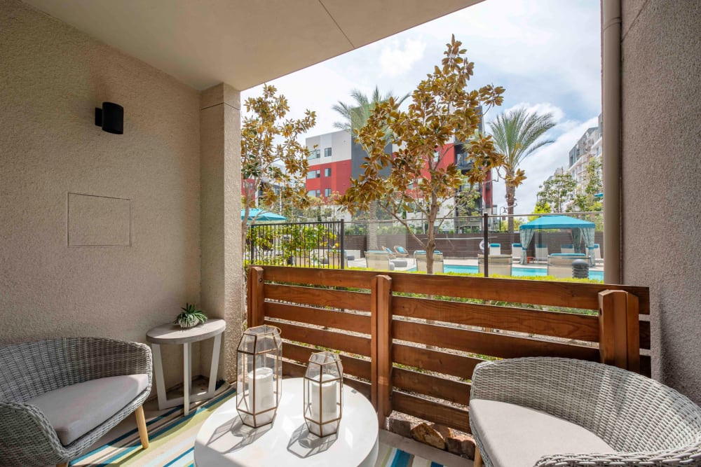 Apartments with a Private Patio in Woodland Hills, California
