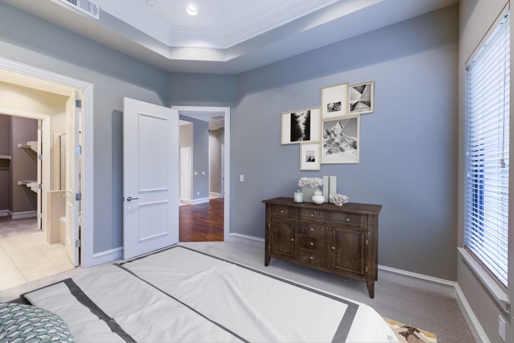 Vaulted ceilings in the bedrooms at Rienzi at Turtle Creek Apartments
