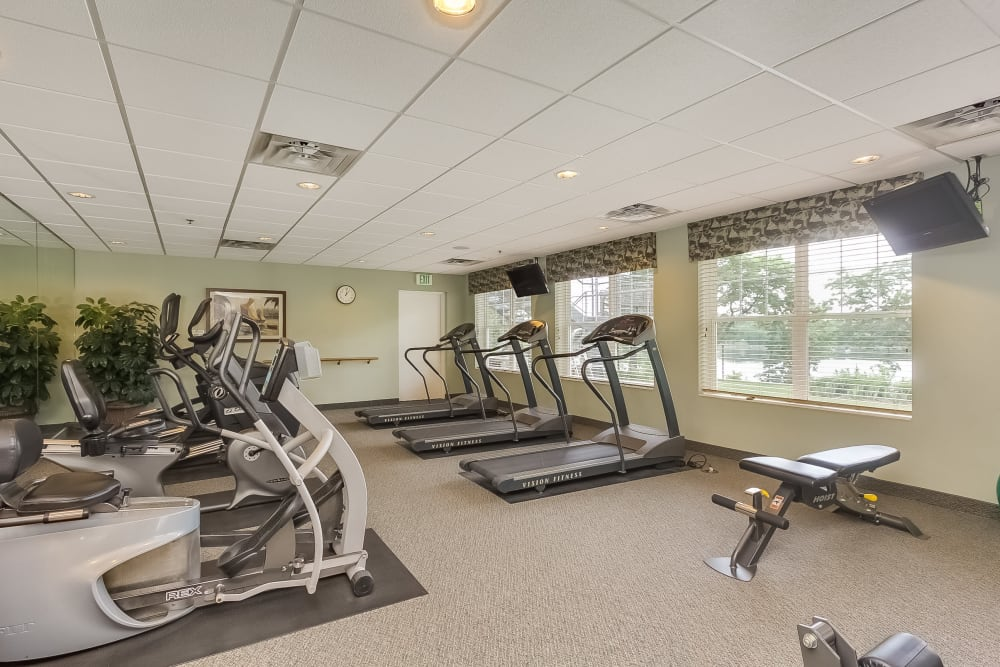 Resident fitness center at Applewood Pointe of New Brighton in New Brighton, Minnesota.