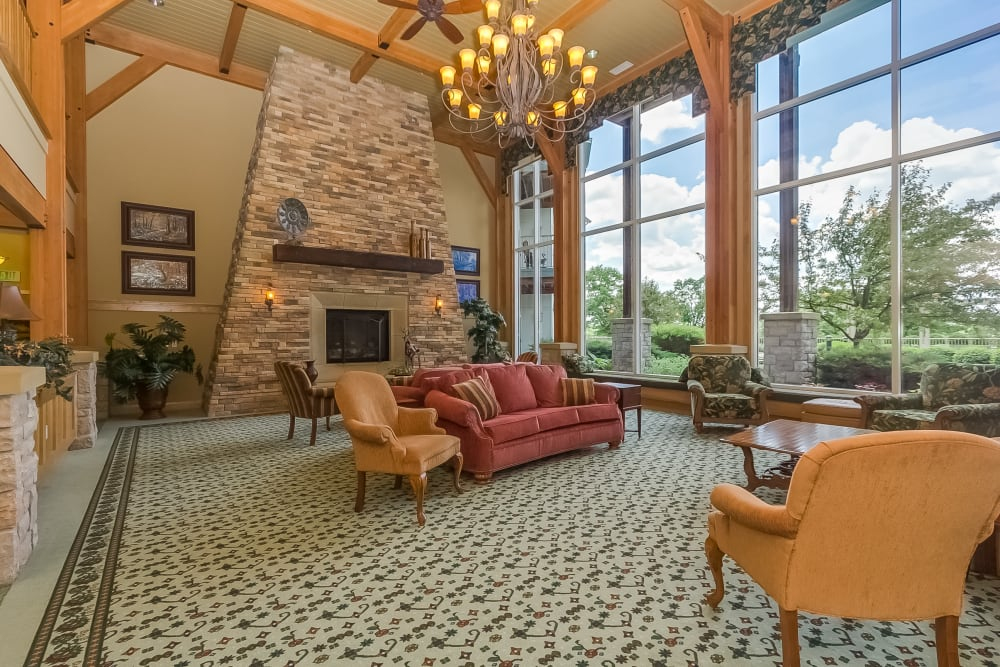 The fireside parlor at Applewood Pointe of New Brighton in New Brighton, Minnesota.