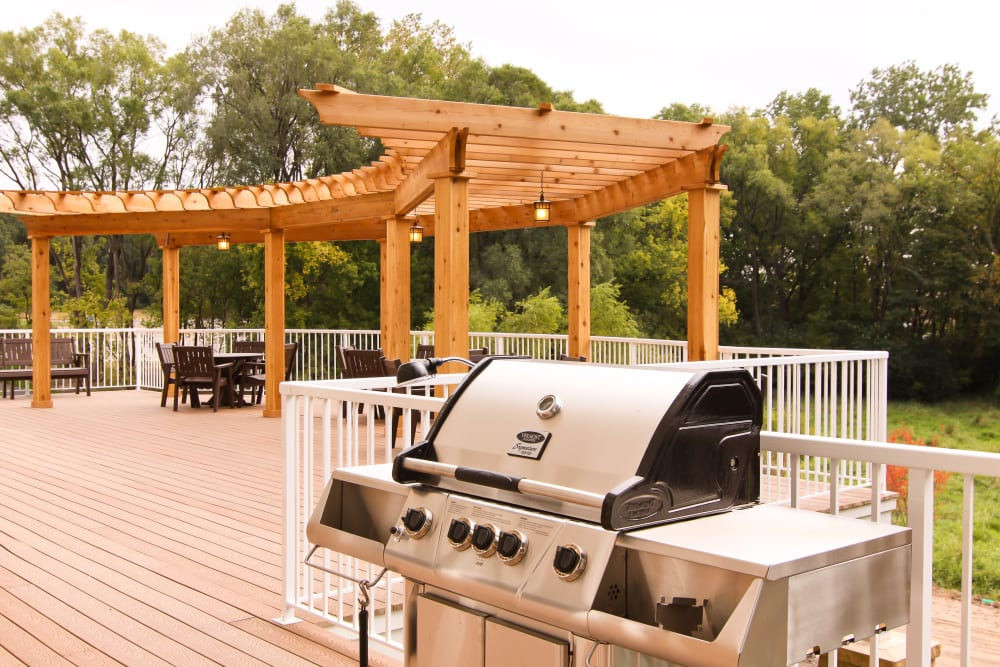 Grill at Applewood Pointe Roseville at Langton Lake in Roseville, Minnesota.