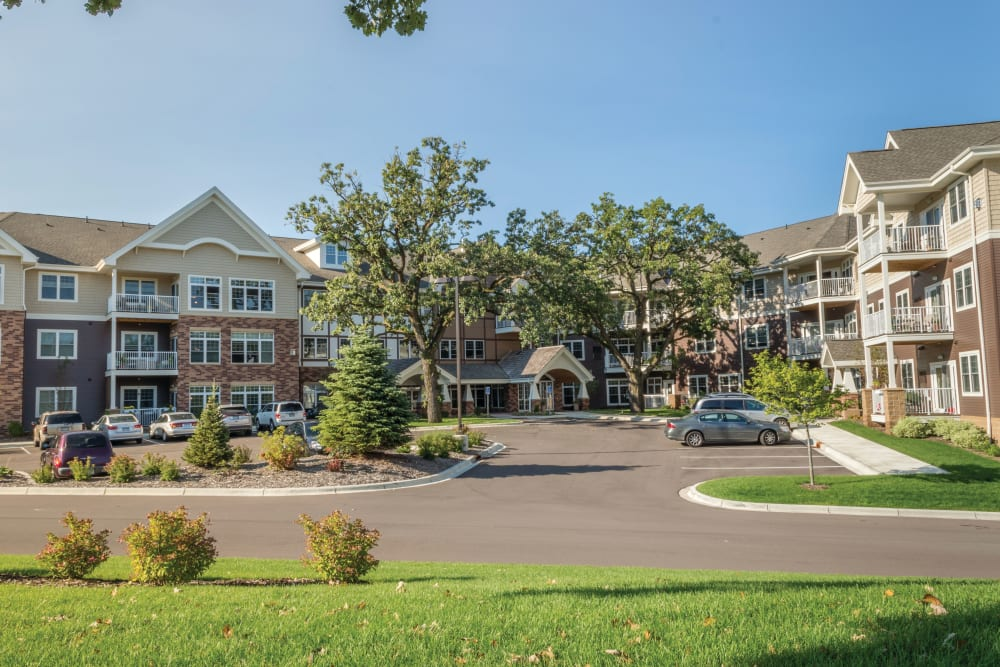 Main building and parking lot at Applewood Pointe Shoreview community in Shoreview,  Minnesota.
