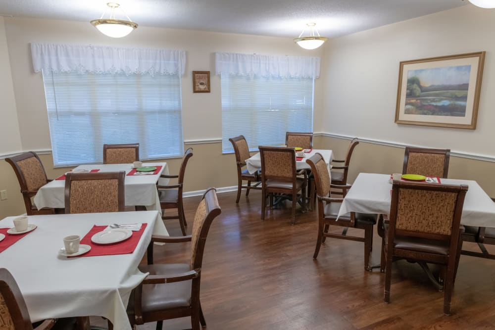 The dining area at Village Place Senior Living in Port Charlotte, Florida