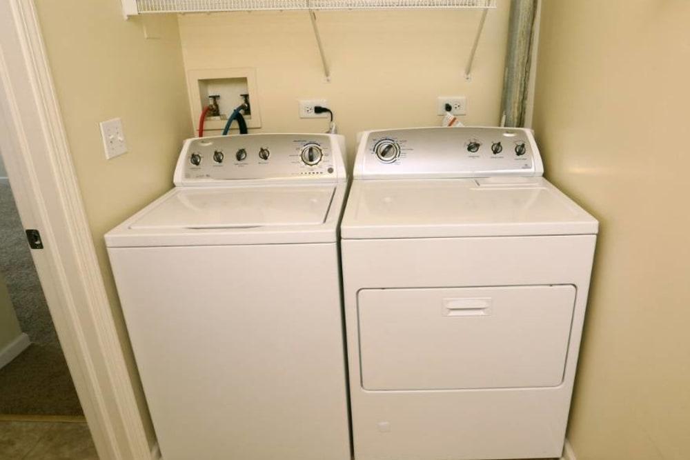Energy-Efficient Appliances at Apartments in Aurora, Illinois