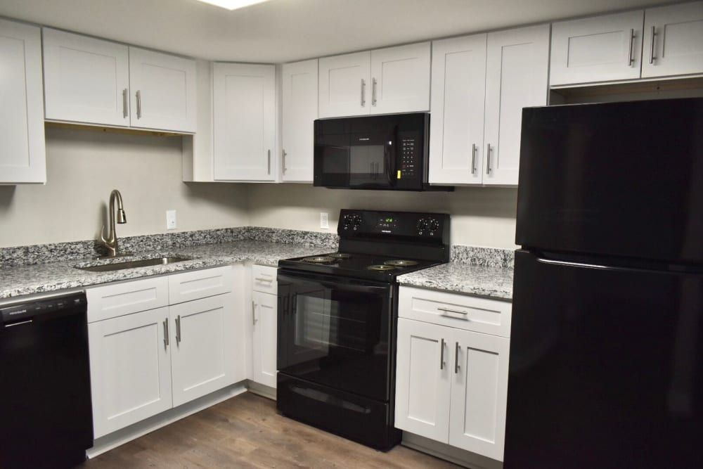 Kitchen in The Kendall Apartments in Brunswick, GA