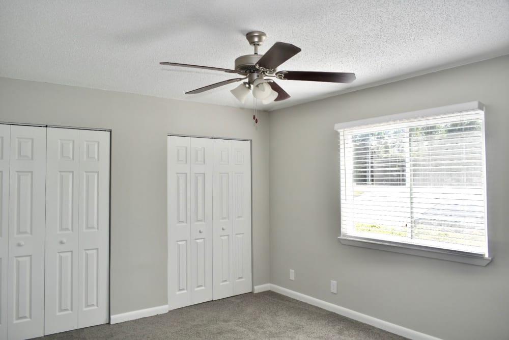 Bedroom at the Kendall Apartments in Brunswick, GA