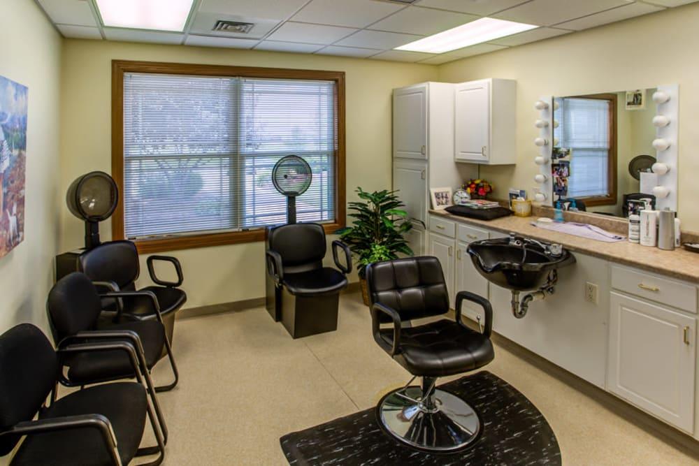 Resident hair salon at Prairie Hills Clinton in Clinton, Iowa.