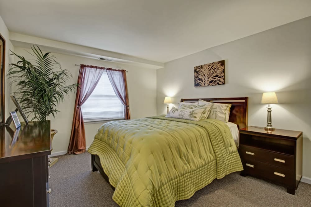 Beautiful bed at Middlebrooke Apartments & Townhomes in Westminster, Maryland