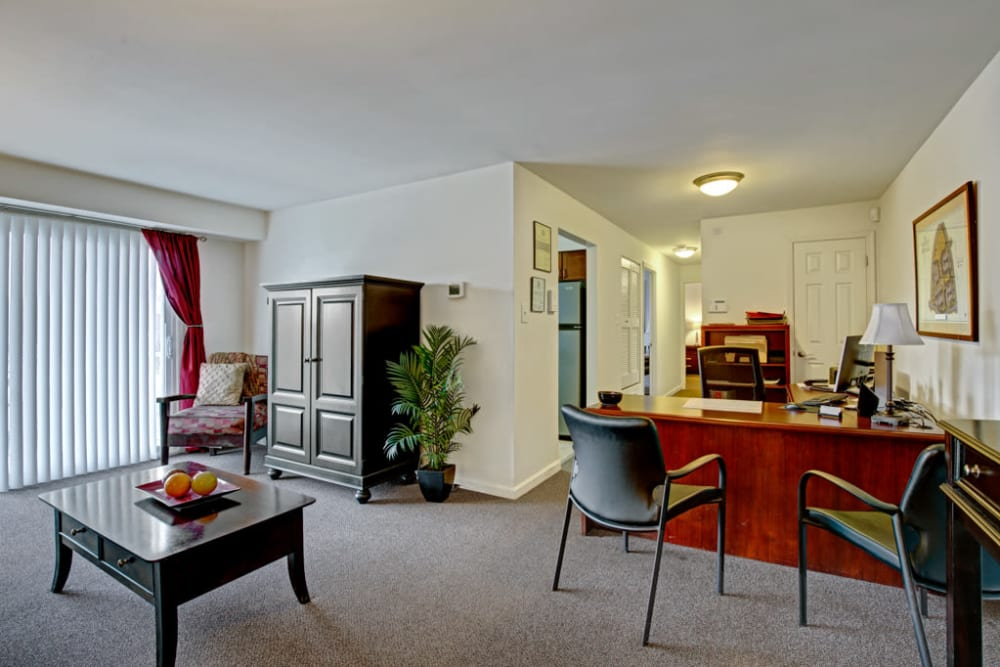 Living and dining area at Middlebrooke Apartments & Townhomes in Westminster, Maryland