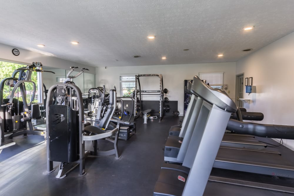 Fully equipped fitness center at Governours Square in Columbus, Ohio