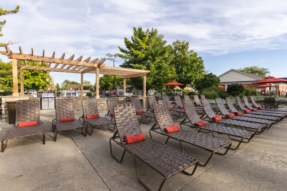 Outdoor lounge area at Governours Square in Columbus, Ohio