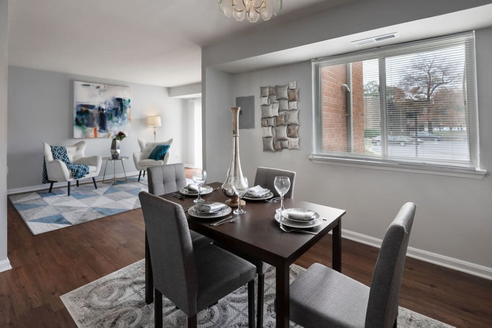 open floorplan and dining area at The Glendale Residence in Lanham, Maryland