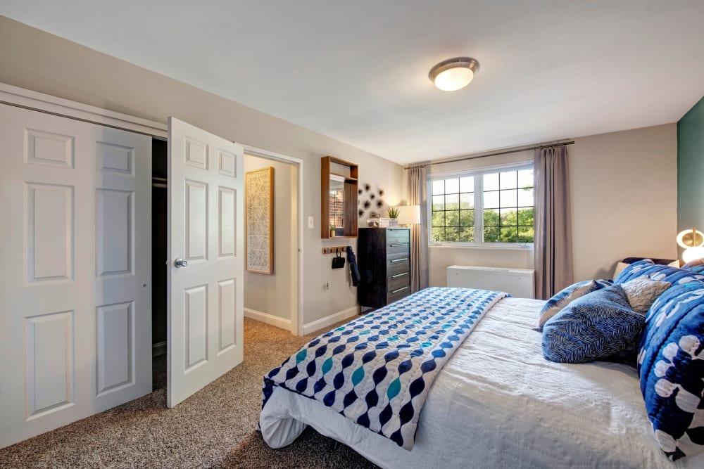 A model apartment bedroom at Braddock Lee Apartments in Alexandria, Virginia