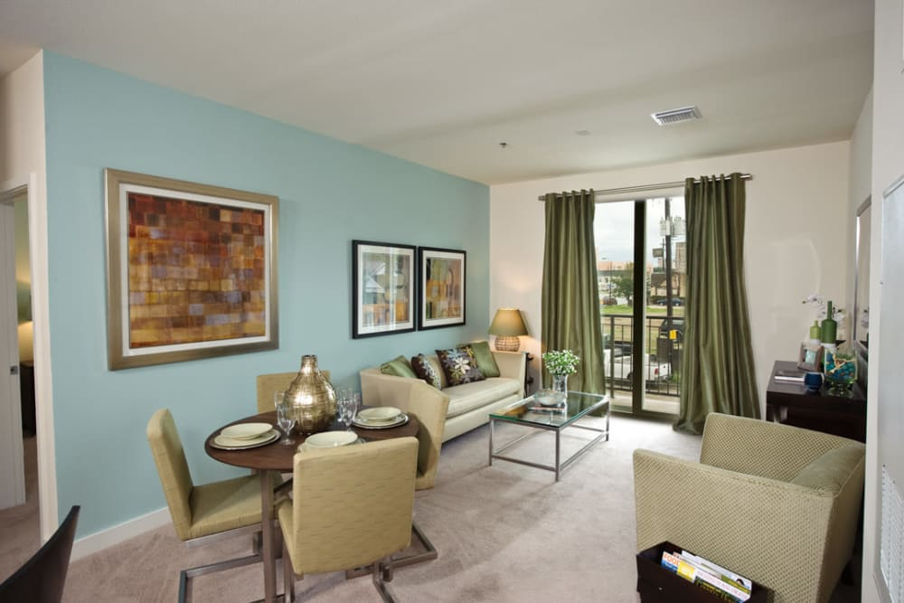 Spacious floor plan at Crescent Club in New Orleans, Louisiana