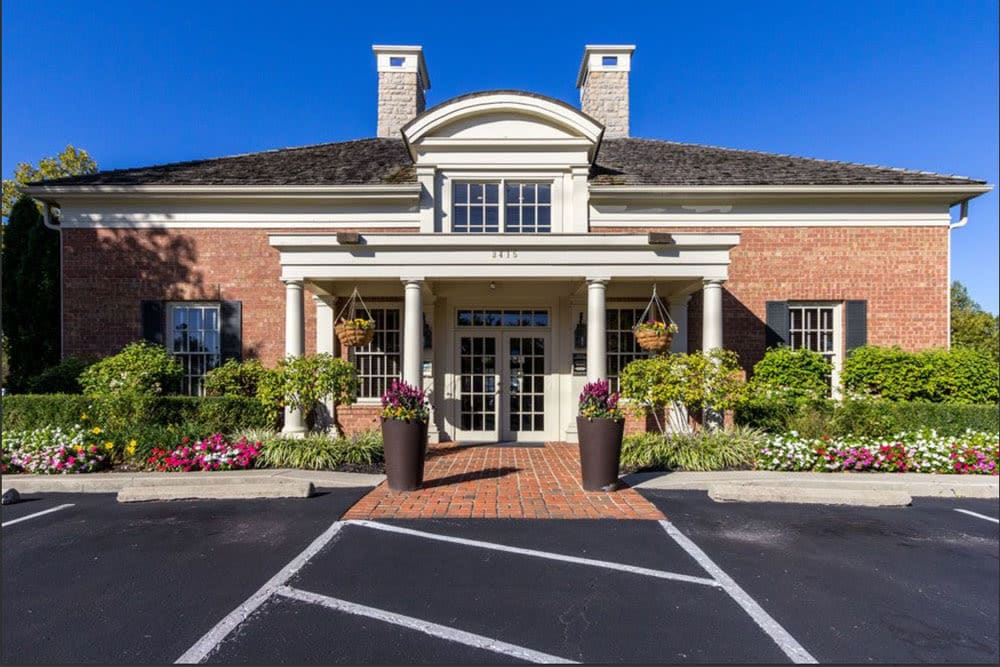 Beautiful front entrance at Heritage Green in Hilliard, Ohio